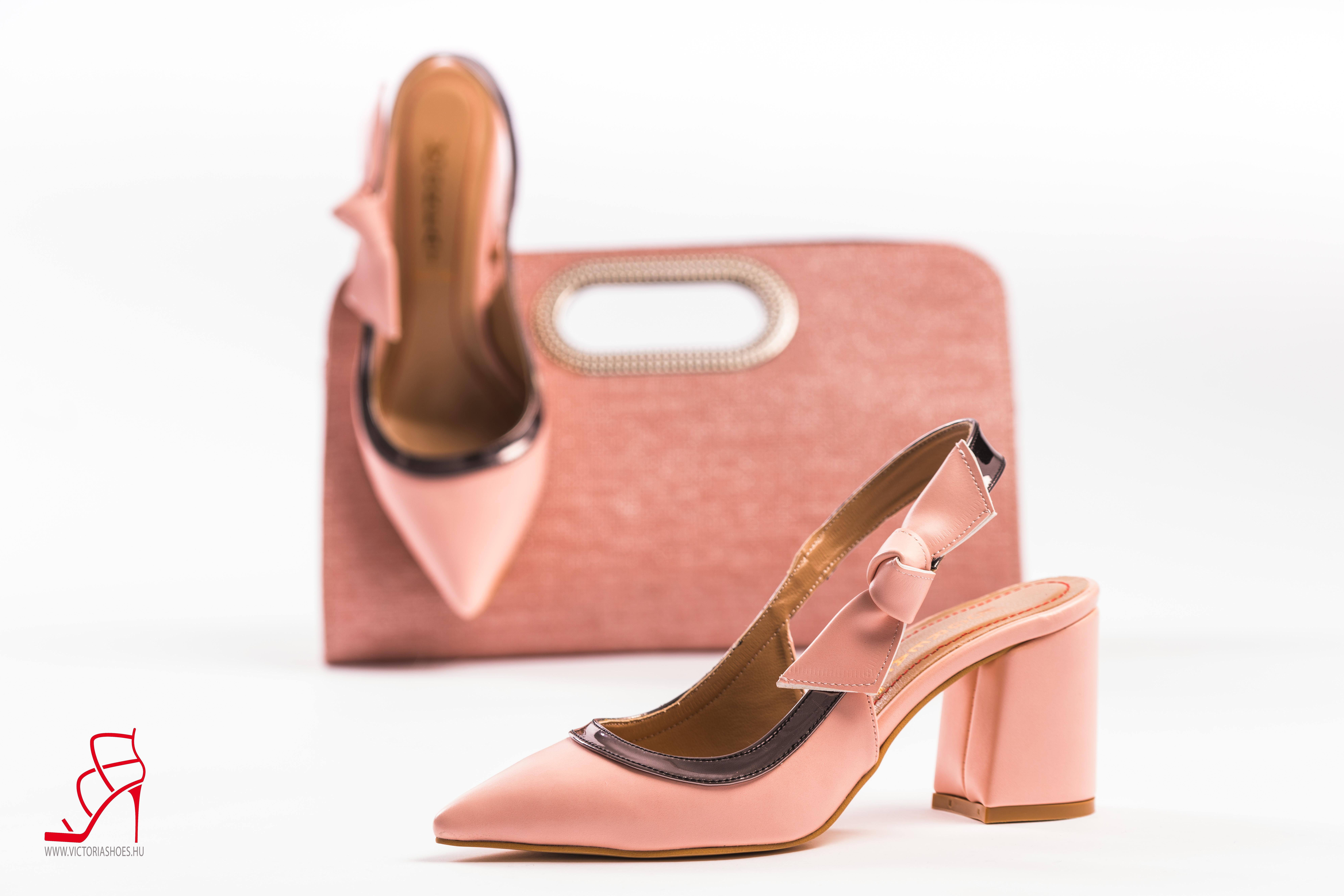 Bianca Törpe sarkú Női Szandál Victoria Shoe Shop
