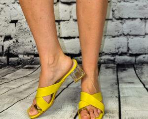 Dora papucs